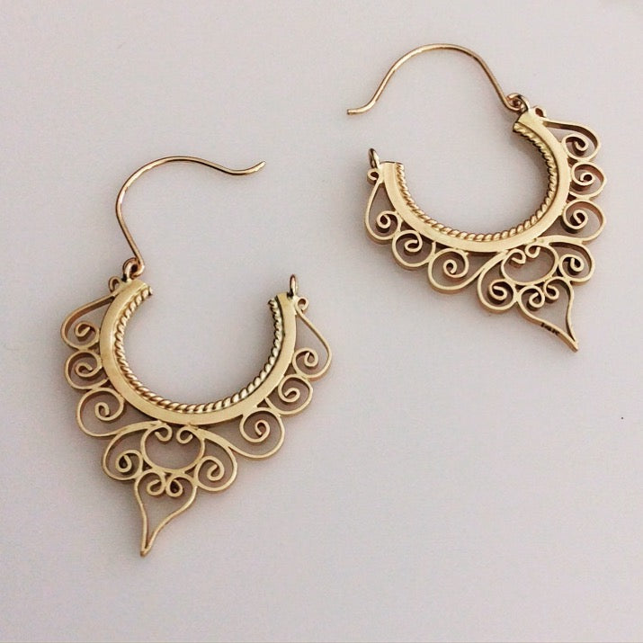 Handmade 18kt Gold Custom Filigree Earrings