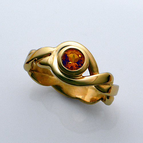 14kt gold citrine ring