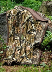 "Mossy Oak Break up Infinity Camouflage Sherpa 50"" X 70"" Throw - Back40Trading2  - 2"