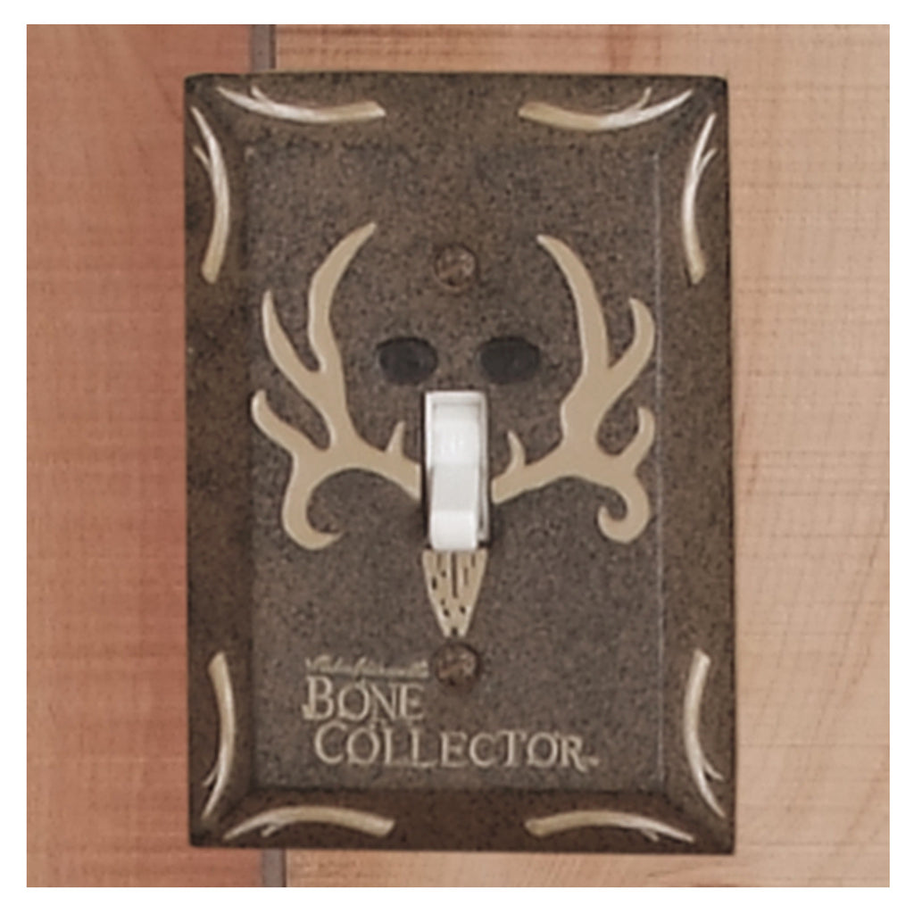 Bone Collector Bath Switchplate Single