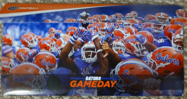 Florida Gators 2015-2016 Season Ticket Holder Gift Set - Magnet schedule, License Plate, Window Cling
