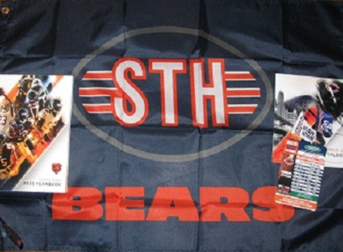 Chicago Bears 2015-2016 STH Gift Set - Flag, Yearbook, Magnet Schedule, Calendar