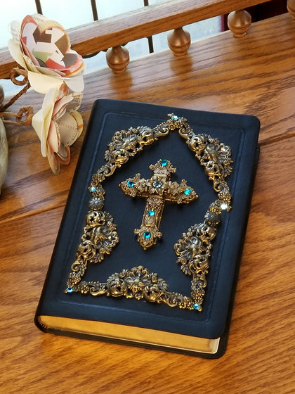 NASB Lake Blue Stone Jeweled Black Compact Bible