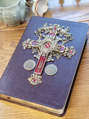 NIV With God All Thing Are Possible Crimson Cross of Faith Jeweled Bible Burgundy