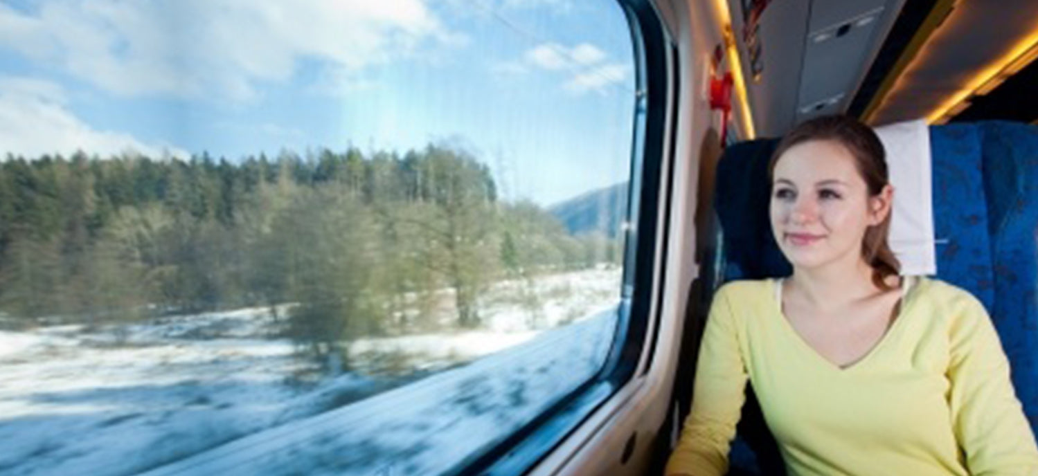 Hot Women On Planes, Trains, And Automobiles - Love Systems
