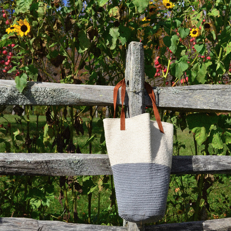 Colorblock Tote Natural + Grey