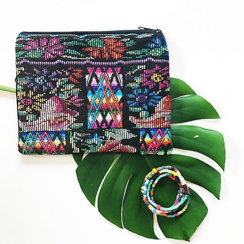 Medium Huipil Pouch + Joanna Six Pack Stackable Bracelet Gift Set