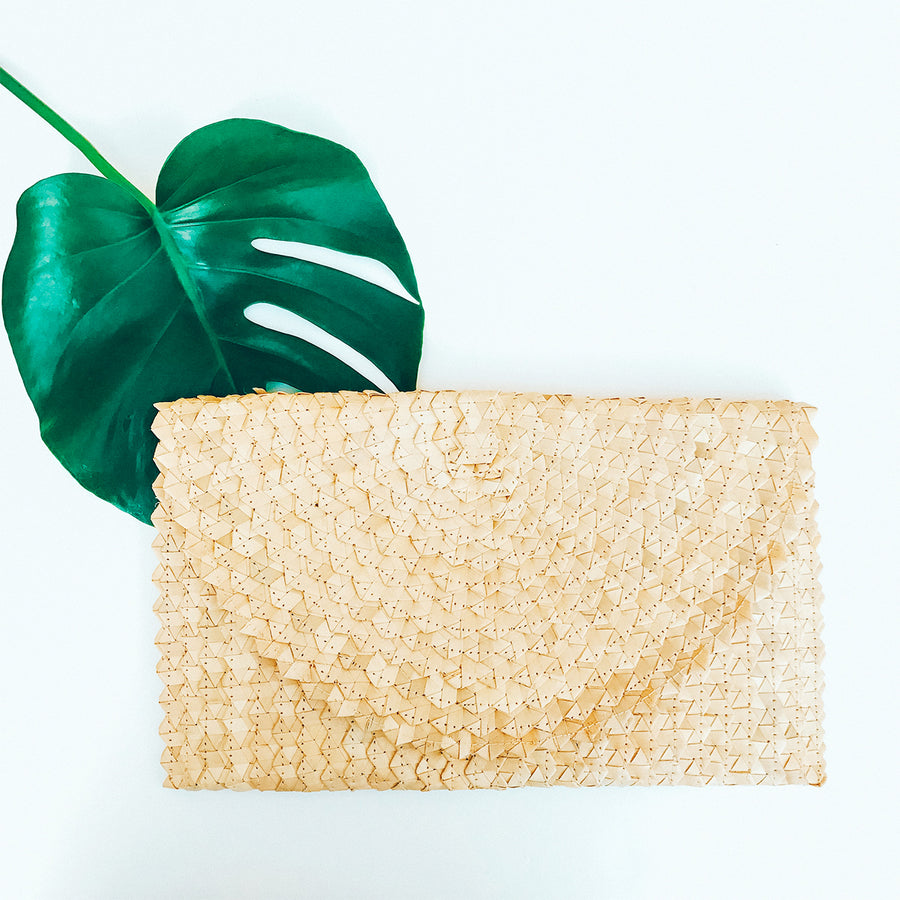 Crescent Clutch Natural