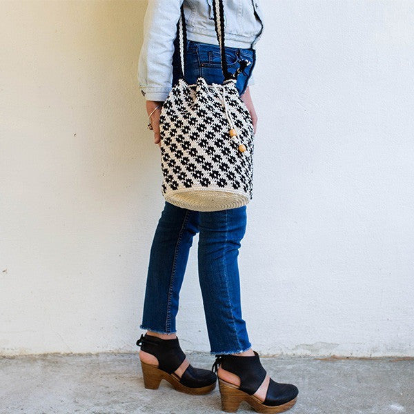 Bahia Bucket Bag White / Black Pattern