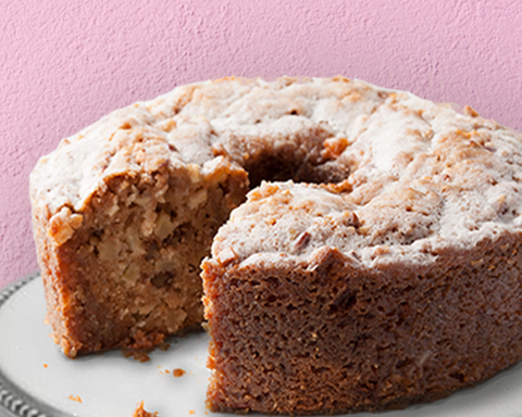Rosh Hashanah Recipes: Apple Cake with Salted Caramel Sauce