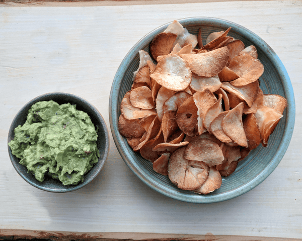 Avocado Mash with Yuca Chips