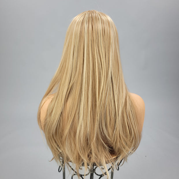 {Bella} Golden Blonde Long Straight Wig