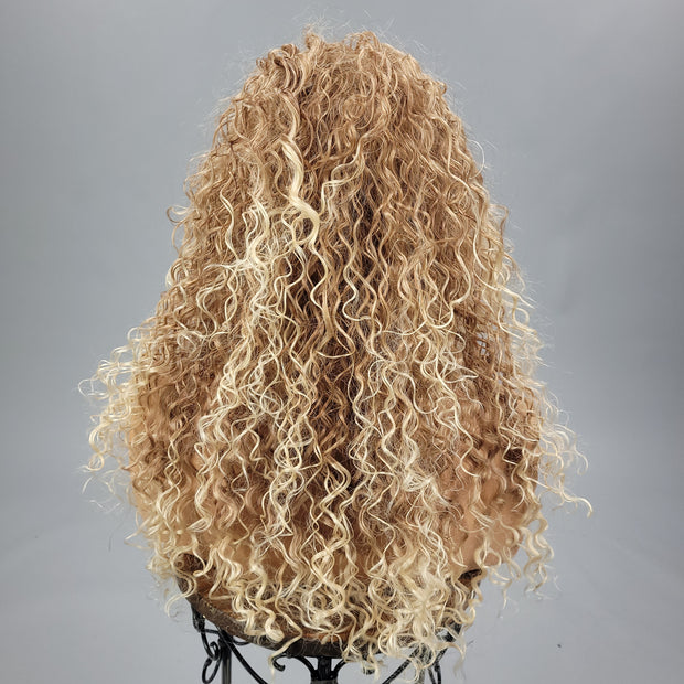 {Ramona} Dark & Light Blonde Blend Spiral Curl Wig