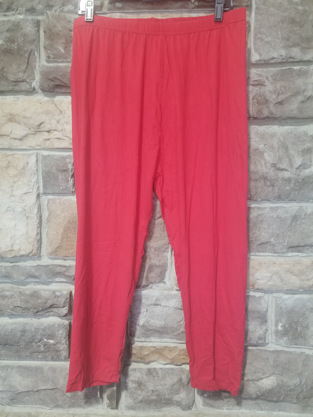 Leg-11 {Red Lipstick} Red Capri Leggings  EXTENDED PLUS SIZE 3X/5X