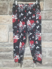 Leg-28 {You Make My Heart Flutter} Multi Print Capri Leggings EXTENDED PLUS SIZE 3X/5X