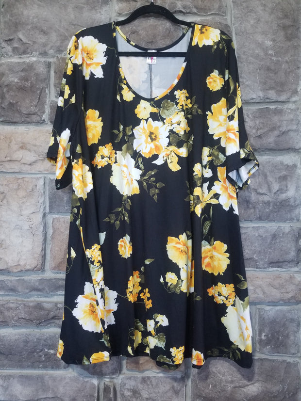 PSS-B {Sunny Days} Black Tunic With Bright Yellow Flowers CURVY BRAND EXTENDED PLUS SIZE 3X 4X 5X 6X