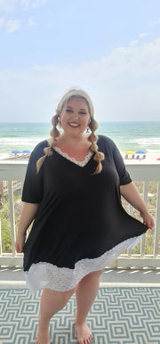 65 CP-C {Just Darling} Black V-Neck Tunic with Lace Detail CURVY BRAND!!! EXTENDED PLUS SIZE 3X 4X 5X 6X
