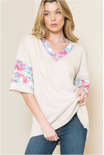 62 CP-F {Telling Secrets} Beige V-Neck Top Floral Detail PLUS SIZE XL 2X 3X