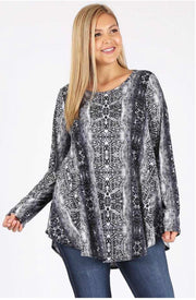 PLS-T {One Wild Night} Long Sleeved Animal Print Tunic Extended Plus