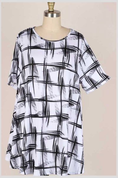 63 PSS-H {Strike My Interest} Black/White Printed Top EXTENDED PLUS SIZE 3X 4X 5X