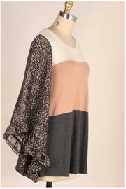 CP-A {The Classy Side} Contrast Top with Floral Angel Sleeves PLUS SIZE 1X 2X 3X