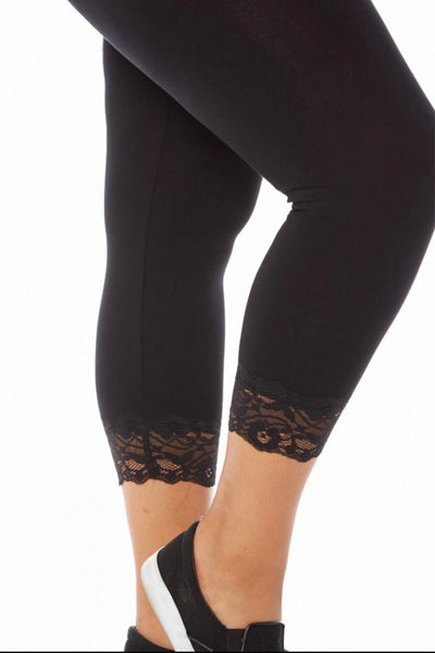 BT/D {Curvaceous} Black Leggings W/ Lace Hem PLUS SIZE