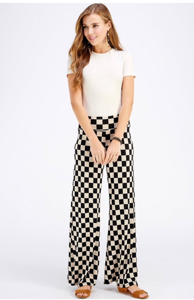 BT-A {Feeling Diva} Black/Tan Checkerboard Print Palazzo Pants