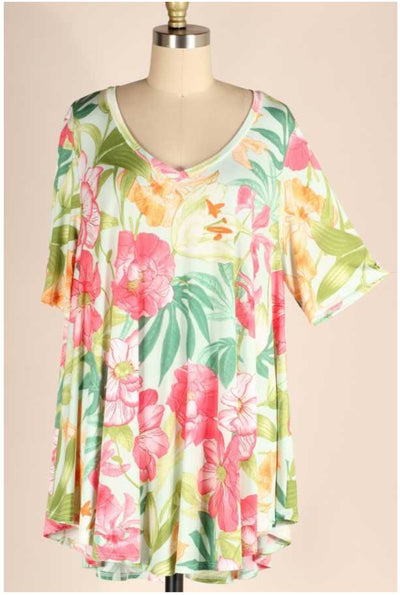 62 PSS-M {Pack Your Passport} Tropical Print V-Neck Top EXTENDED PLUS SIZE 3X 4X 5X