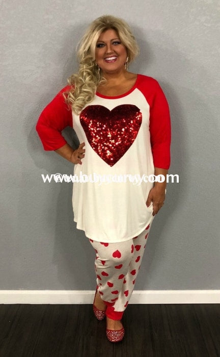 Gt-B White Top With Red Sequined Heart & 3/4 Sleeves Graphic