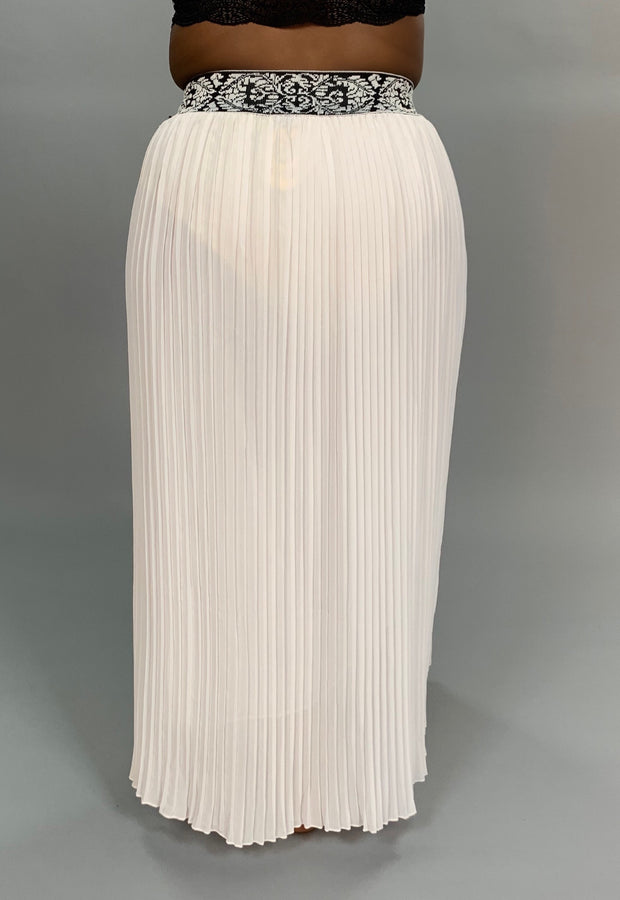 BT-A Off-White Pleated Skirt with Wide Elastic Banded Waist  PLUS SIZE