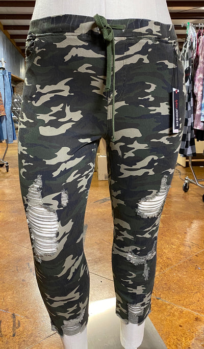 BT-A {Salute} Green Camo Distressed Jogger Pant