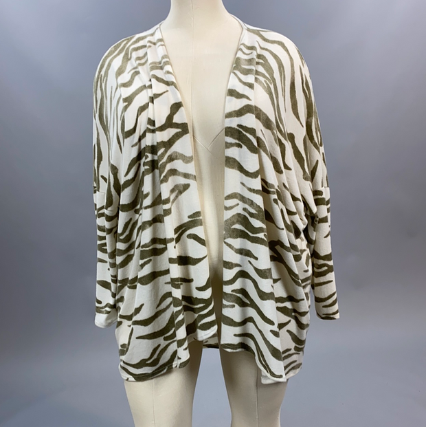 33 OT-Y {New World} Ivory & Taupe Animal Print Cardigan Extended Plus Size 3X 4X 5X