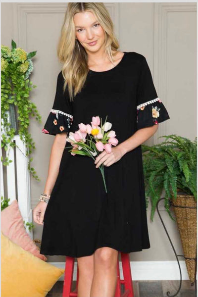 65 CP-Q {Rules of Romance} Black Dress w Floral Sleeve PLUS SIZE 1X 2X 3X