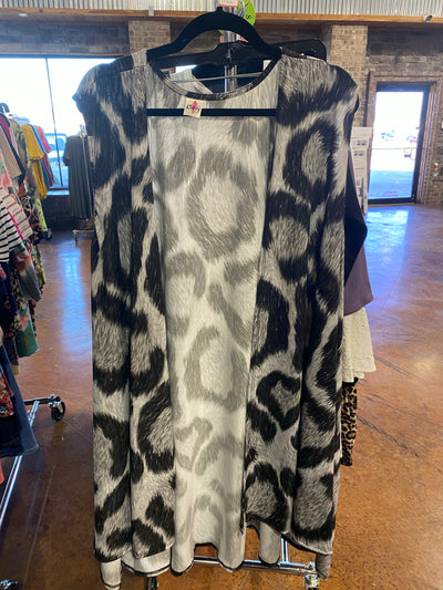OT-P {Charmed By The Night} Black/Grey Animal Print Vest EXTENDED PLUS 3X 4X 5X 6X