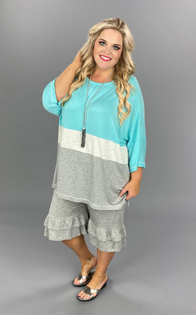 CP-H {Taking Vacation} Aqua/Ivory/Grey Contrast Tunic