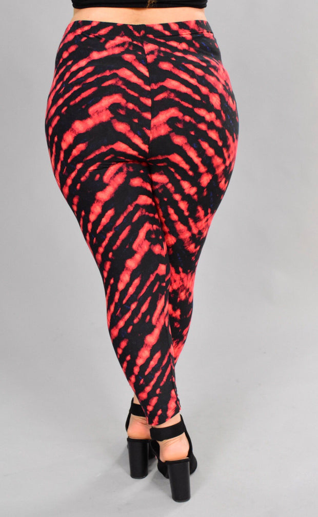LEG-C {Fire To The Rain} Tie-Dye Capri Leggings (SOFT)
