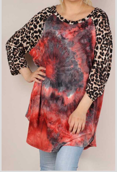 61 CP-E {Show Off} Red Tie Dye Leopard Contrast Top EXTENDED PLUS 3X 4X 5X