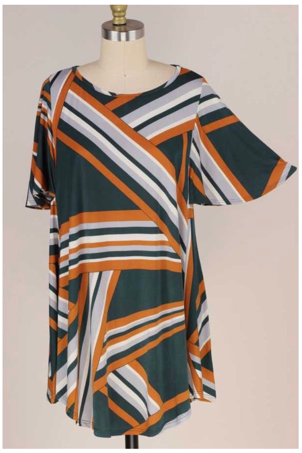 PSS-G {Uniquely Me} Green & Gold Geo Print Flutter Sleeve Tunic PLUS SIZE XL 2X 3X