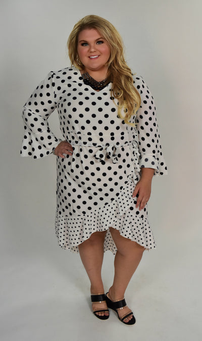 LD-C {Oh Happy Day} White/Black Polka-Dot Hi-Lo Dress w/Belt (Extended Plus)