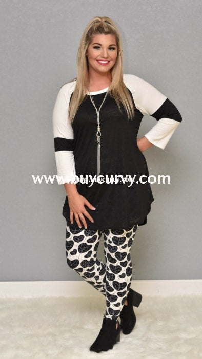 Leg/cp-White Leggings With Black Heart Leaf Print