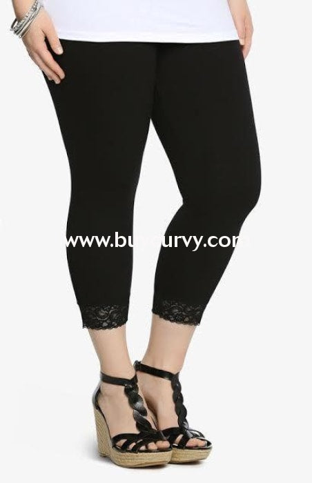 Leg/pls Black Lace Hem Capri Leggings (Cotton-Spandex) 1X