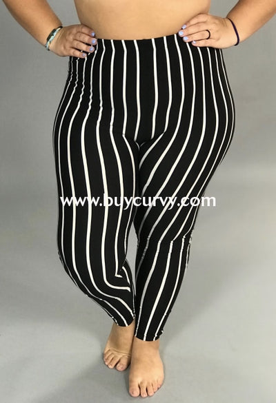 Leg/pss-Design Usa Black & White Striped (Butter-Soft) Leggings