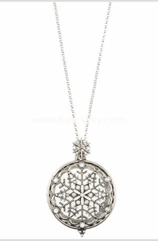 Nc-A Silver Snowflake Necklace With Locket/magnifying Glass
