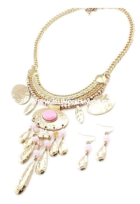 Nc- C Makarlon Gold & Pink Necklace Earring Set