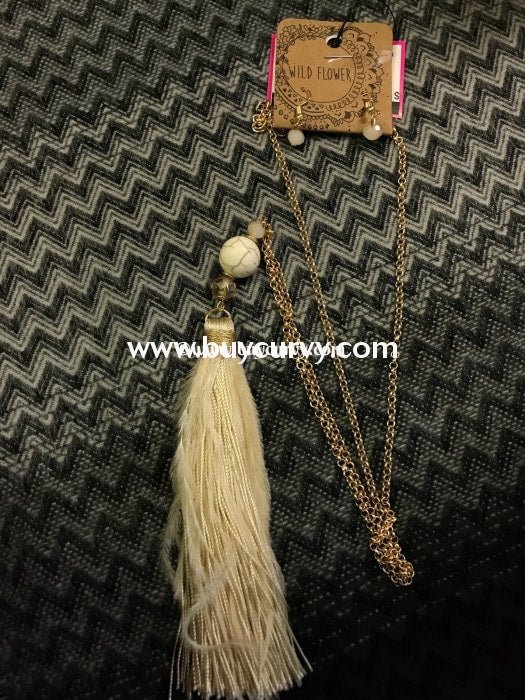 Nc- C Wildflower Long Gold Necklace With Beige Tassel