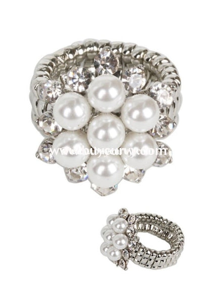 Rg- Silver Stretchy Ring With Pearl Stone Detail Rings