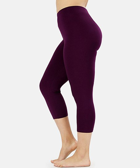 Leg/28 {PURPLE} Capri Leggings 92% Poly/8% Spandex