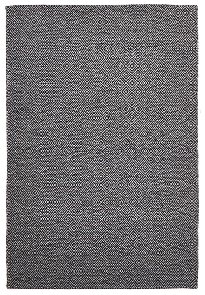 scandinavian black rug diamond pattern