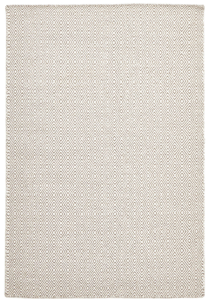 scandinavian silver white rug diamond pattern rug