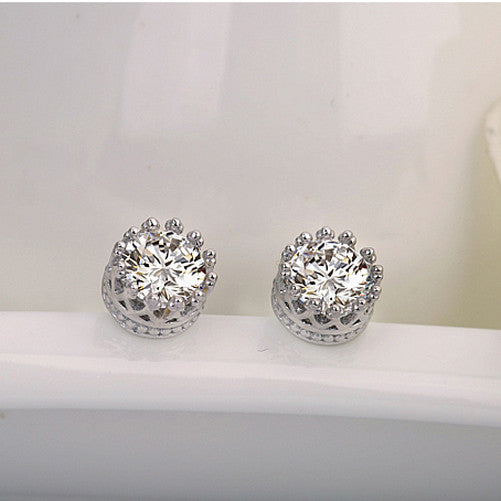 Classic Crown Setting Crystal Stud Earrings